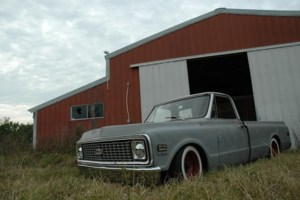 DontWatchMeWatchTVs 1971 Chevy C-10 photo thumbnail