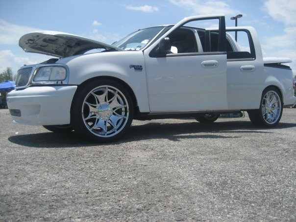 ScrewOn24ss 2003 Ford F150 SuperCrew  photo