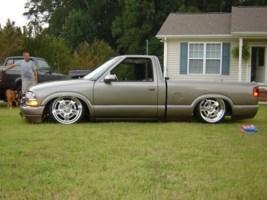 kleandime2s 1999 Chevy S-10 photo thumbnail