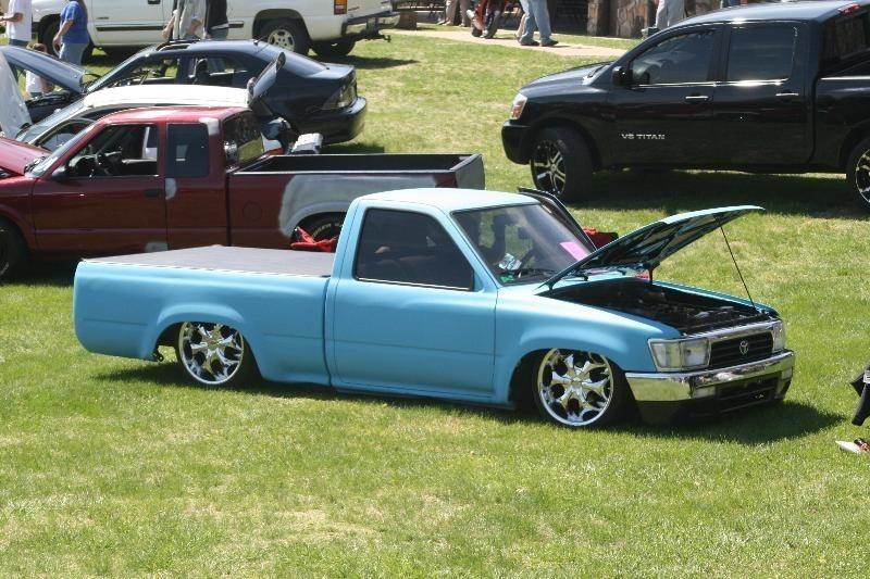 crumplers 1991 Toyota 2wd Pickup photo