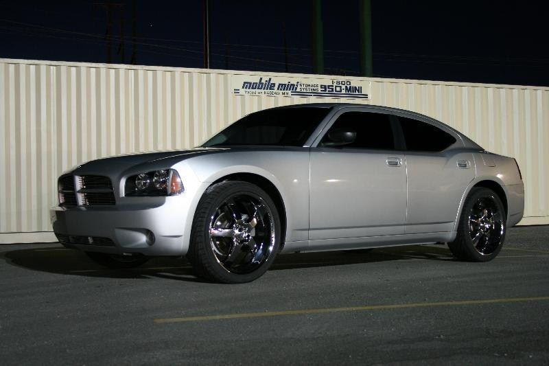 IB2LOUDs 2007 Dodge Charger photo