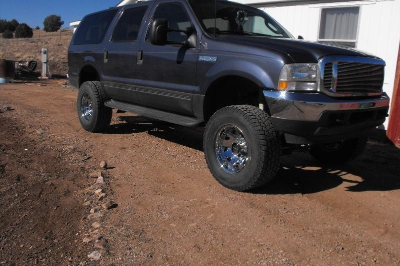 GOTdunezzzs 2003 Ford Excursion  photo