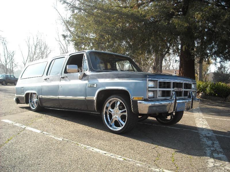 Cosa Nostras 1984 Chevrolet Suburban photo