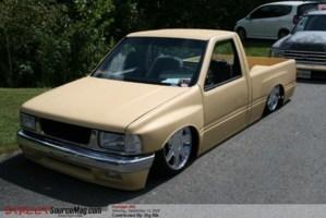slamsuzus 1992 Toyota Pickup photo thumbnail