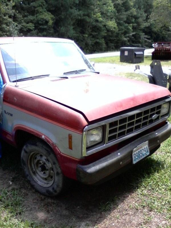bodydropped85s 1985 Ford Ranger photo