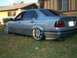 pimpinduallys 1992 BMW 3 Series photo thumbnail