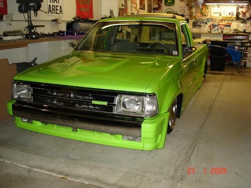 Uncle Festers 1989 Mazda B2200 photo