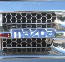 slamdtacos 1989 Mazda B2200 photo thumbnail