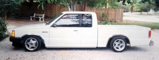 CivicTukn19ss 1992 Mazda B2200 photo thumbnail
