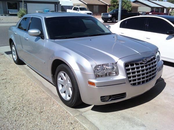 DLYDRGGRs 2005 Chrysler 300C photo