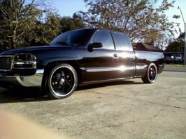 johnnyboy225s 2001 GMC Sierra photo thumbnail