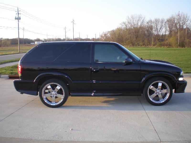 kawturis 2003 Chevy S-10 Blazer photo