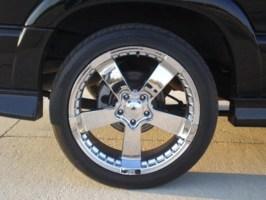 kawturis 2003 Chevy S-10 Blazer photo thumbnail