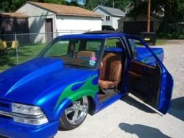 bmervaus 2000 Chevy S-10 photo thumbnail