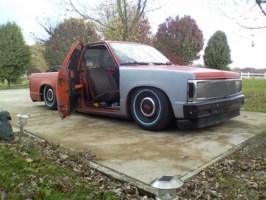 kris85s 1985 Chevy S-10 photo thumbnail