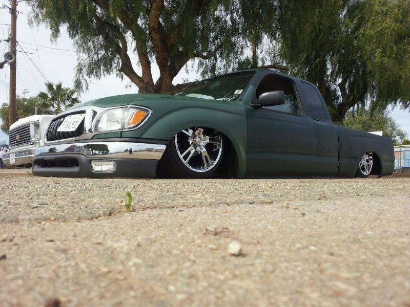 1low20s 1999 Toyota Tacoma 2wd photo