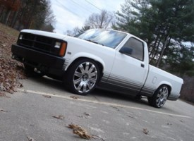 GravityFeds 1988 Dodge Dakota photo thumbnail