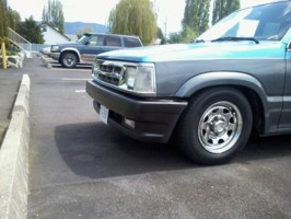 Deviant Intuitionss 1989 Mazda B2200 photo thumbnail