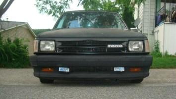 exile_pearsons 1989 Mazda B2200 photo thumbnail