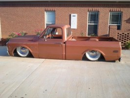 MrTrickys 1971 Chevy C-10 photo thumbnail