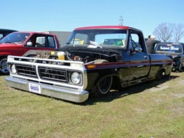 schronce79s 1976 Ford F100 photo thumbnail