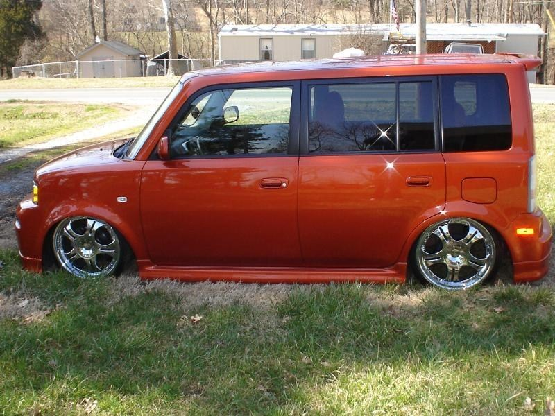MrMcNuggetts 2004 Scion xB photo